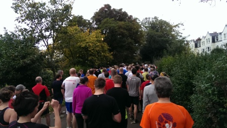 It's a busy start line at Fulham Palace parkrun!