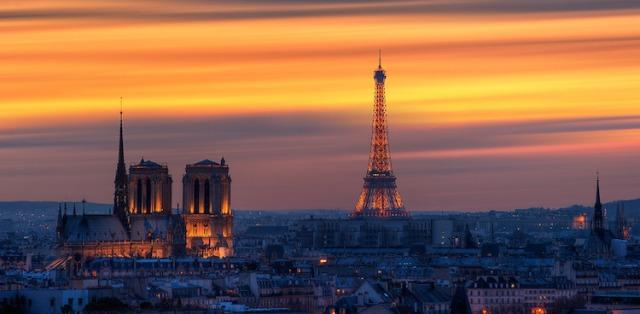 paris-skyline-sunset-750x368